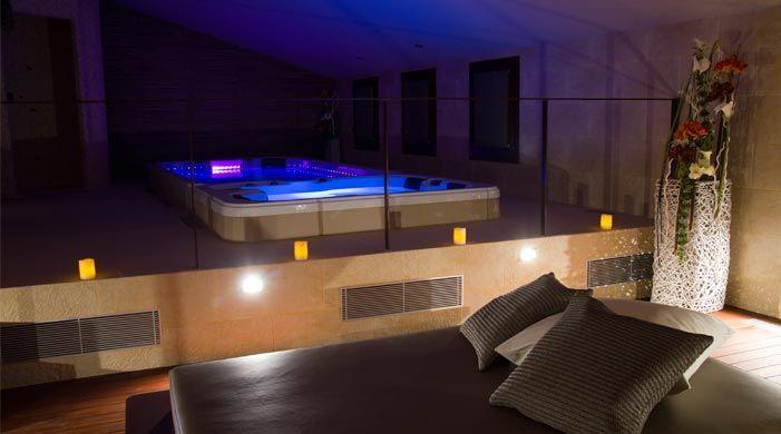 Paquete Romu00e1ntico en Botarell : Petits Grans Hotels de ...