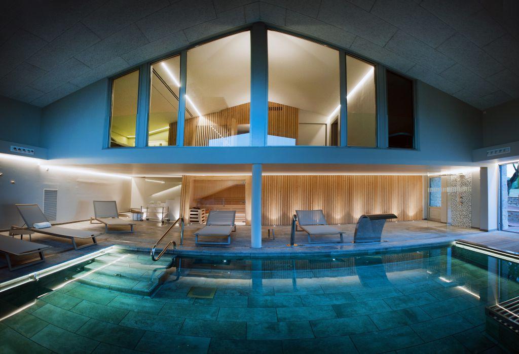 Pack relax spa a avinyonet de puigvent s petits grans hotels de catalunya - Camping con piscina climatizada en tarragona ...