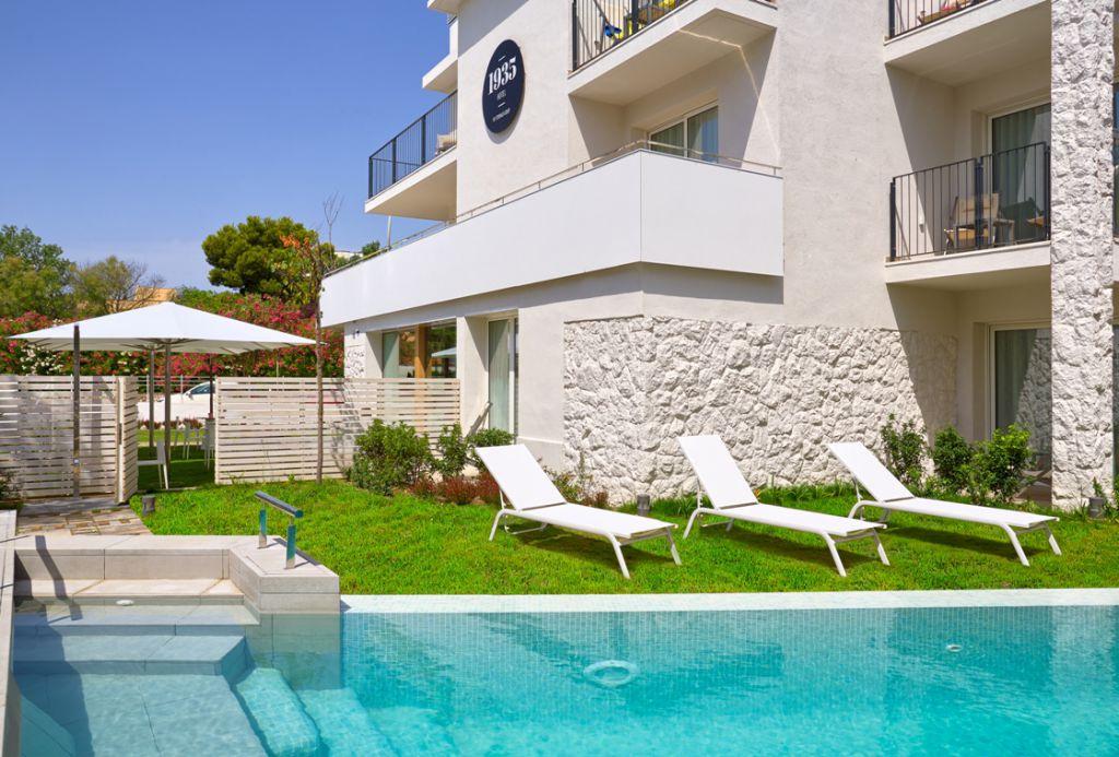 Hotel 1935 petits grans hotels de catalunya for Hoteles segovia con piscina