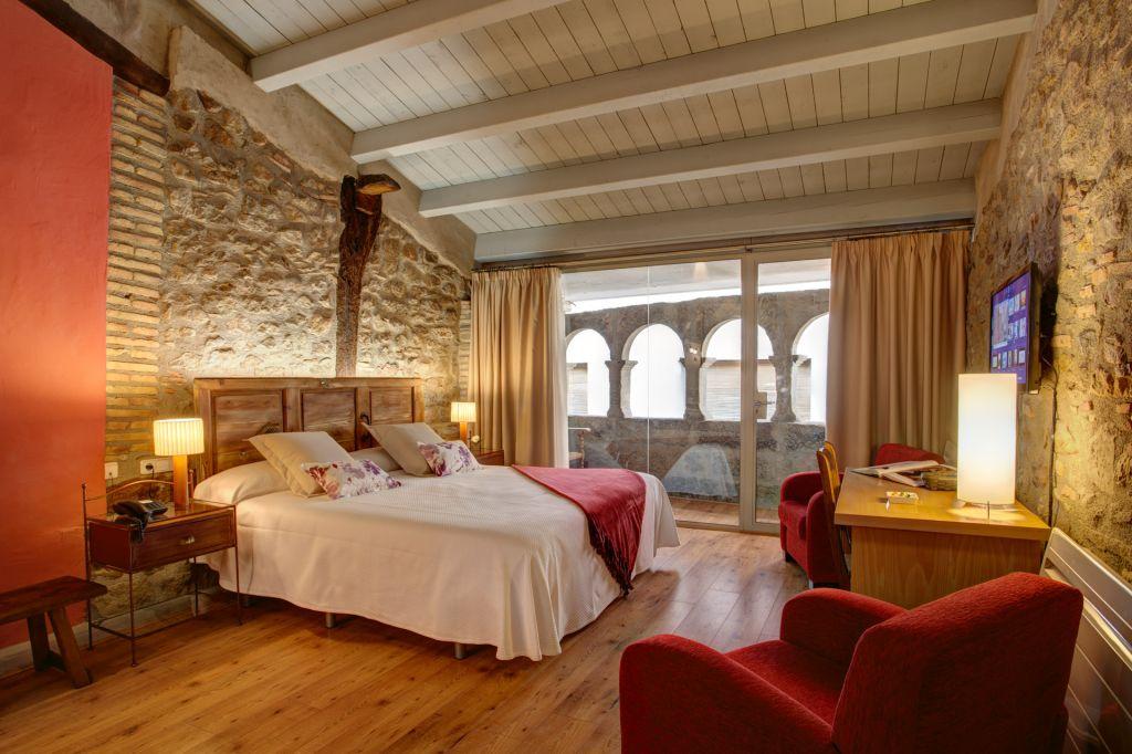 Hotel la freixera petits grans hotels de catalunya - Hoteles cerca casa campo madrid ...