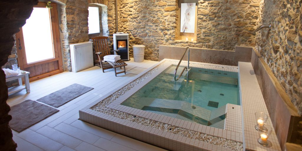 Hotel la garriga de castelladral petits grans hotels de - Hoteles con encanto en tarifa ...
