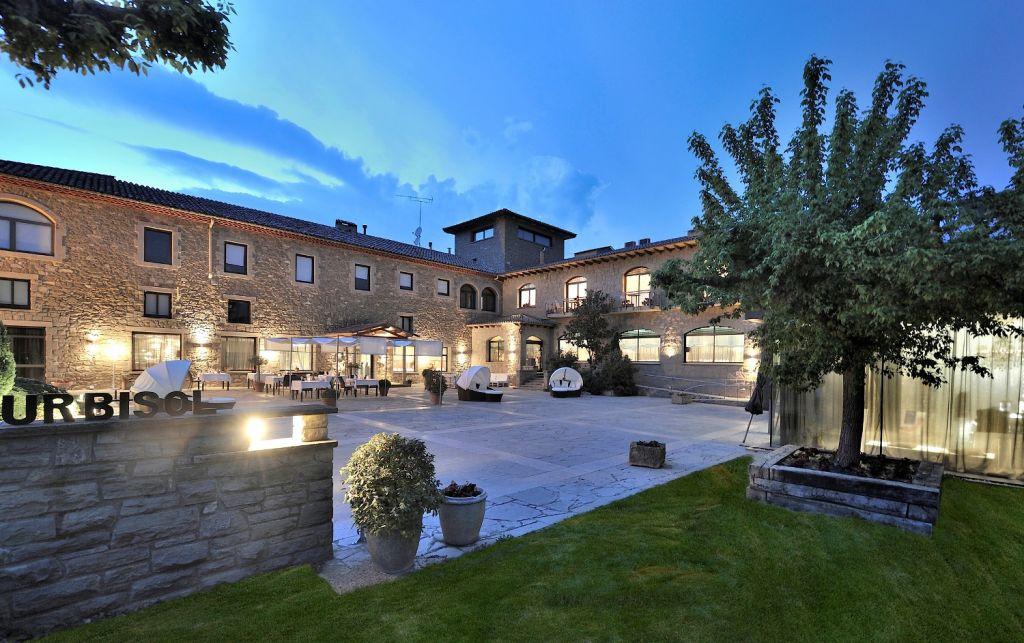 Hotel urbisol petits grans hotels de catalunya - Hoteles con encanto y piscina ...
