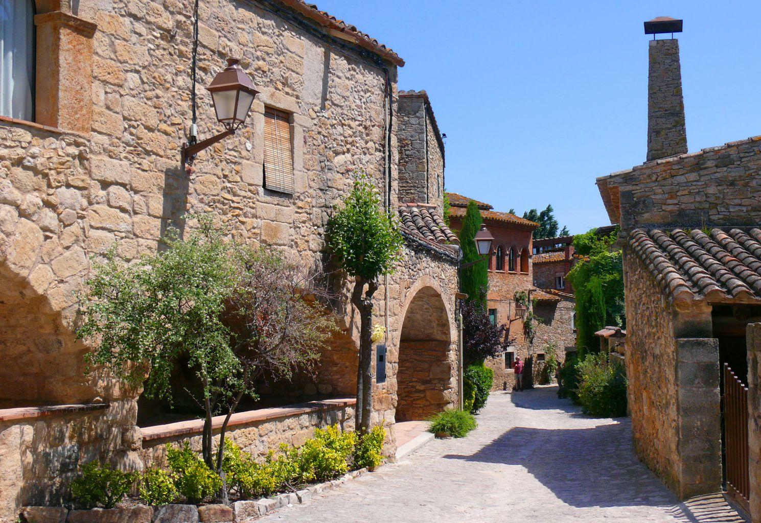Hoteles en peratallada petits grans hotels de catalunya - Hoteles con encanto en girona ...