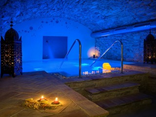 Romantic Break with Spa in Begur